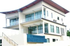 Modern Sea View Duplex Bangrak
