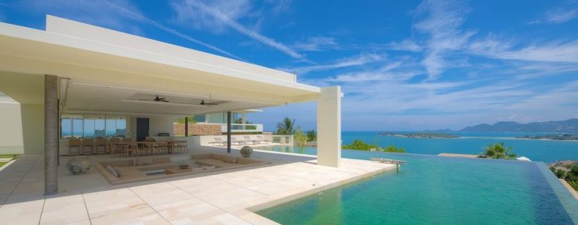 Stunning Sea Views Ultimate Luxury