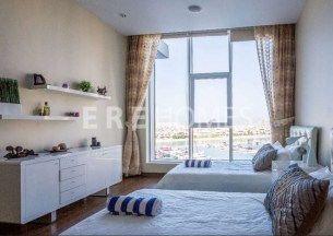 2 Bedroom Apt in Palm Jumeirah, ERE Real Estate 1.3