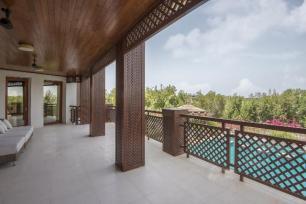 9 Bedrrom Villa in Emirates Hills, 1.8
