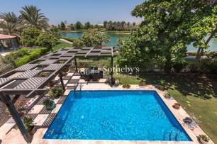 4 Bedroom Villa for |Sale in Meadows, Dubai