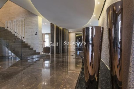 5 bedroom villa in Palm Jumeirah, 1.5
