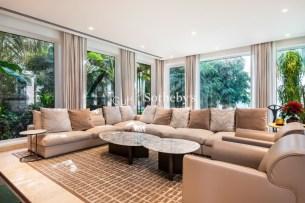 6 bedroom villa in Palm Jumeirah, 1.2