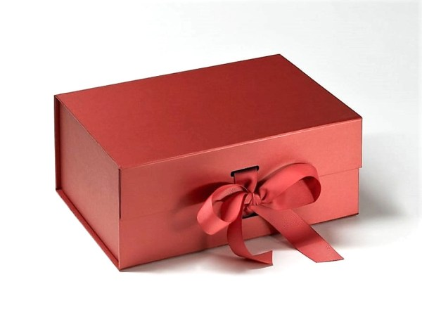 Personalised Gift Box Red