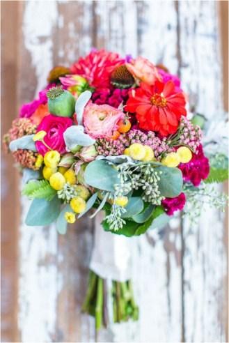 bright-colour-bridal-bouquet-stephanie-yonce-photgraphy