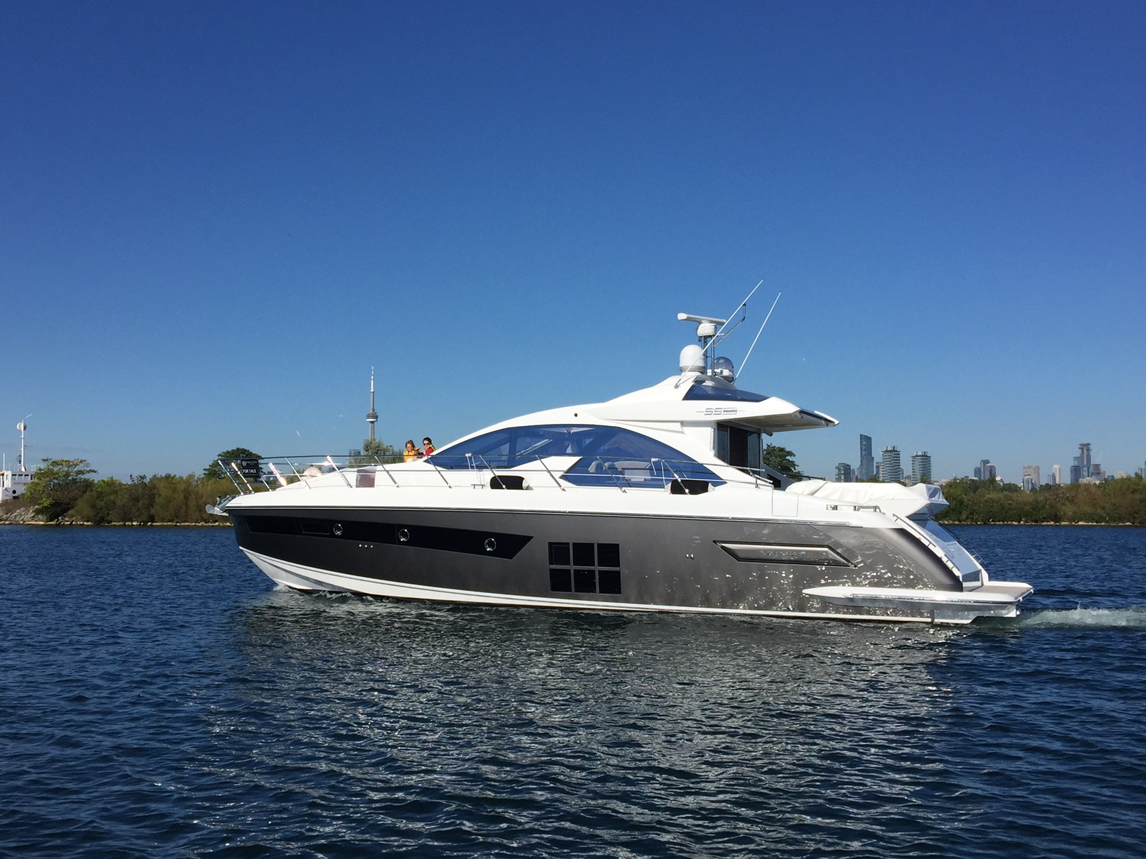 Azimut 55S 2016 Proprio Yacht Canada Boats For Sale Bateaux A Vendre Proprio Yacht