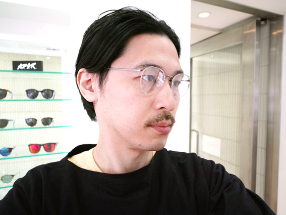 wearing OLIVER PEOPLES / Fryman / Pewter