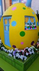 Easter House Display 2