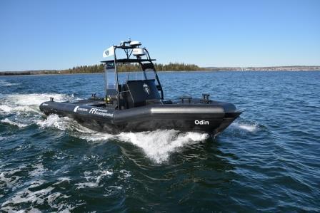 Bateau garde-côtes - JetAnchor