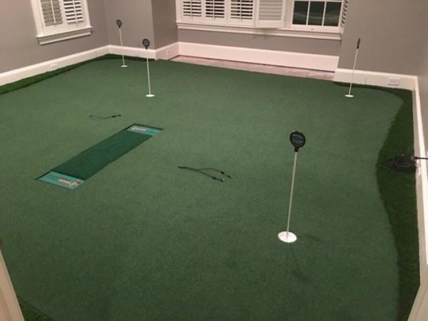 simulator golf room