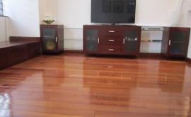 chọn nước lau sàn cho sàn gỗ