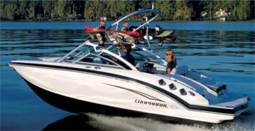 Pros and Cons of Inboard/Outboard Boat