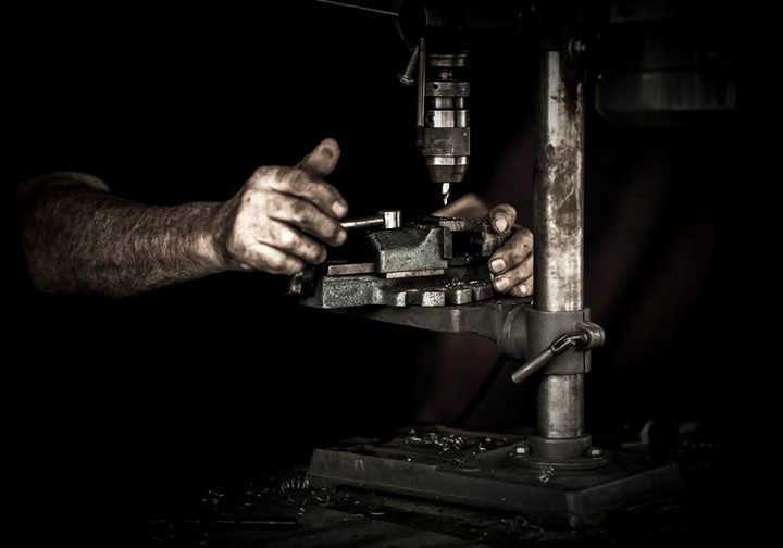 Pros and Cons of being a Machinist