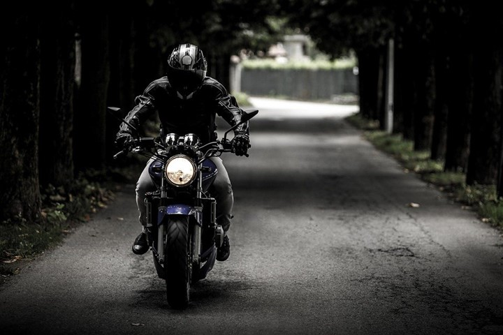 Pros and cons of motorcycles