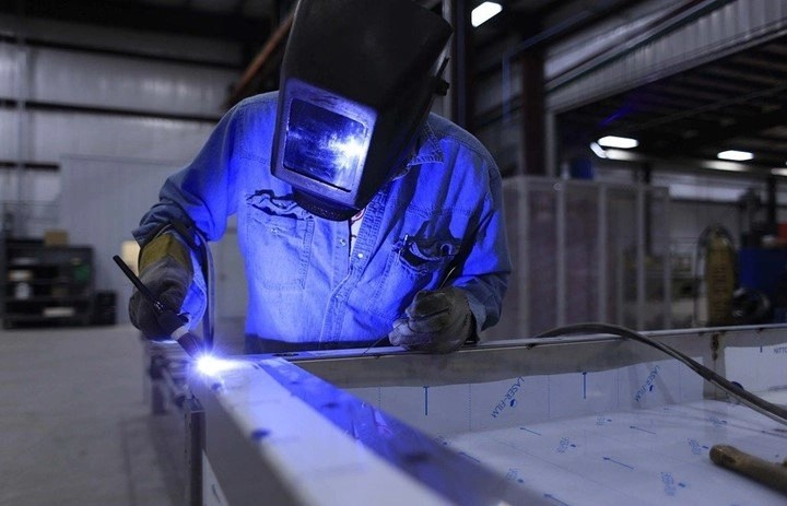 You are currently viewing Pros and Cons of welding