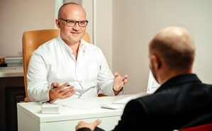 Read more about the article Pros and cons of being a psychiatrist