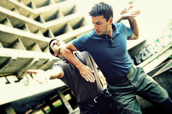 You are currently viewing Pros and Cons of Krav Maga