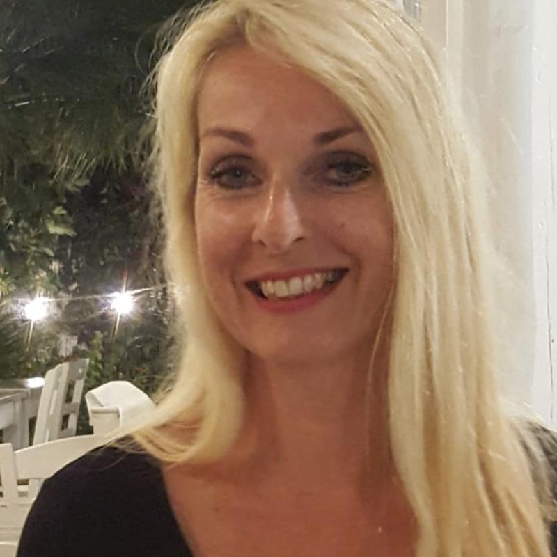 Monique De Vries-Regeer