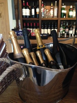 Prosecco and Pie reviews The Northumberland Arms Felton (37)