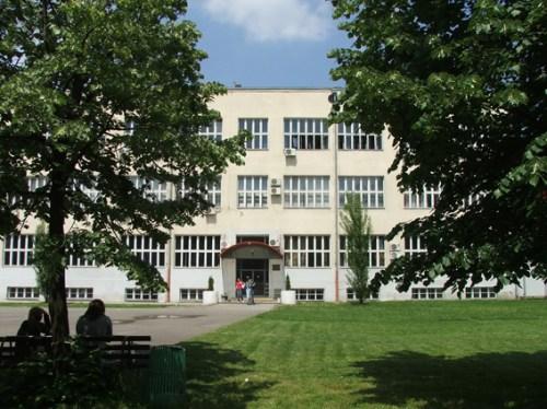 gimnazija isidora sekulic