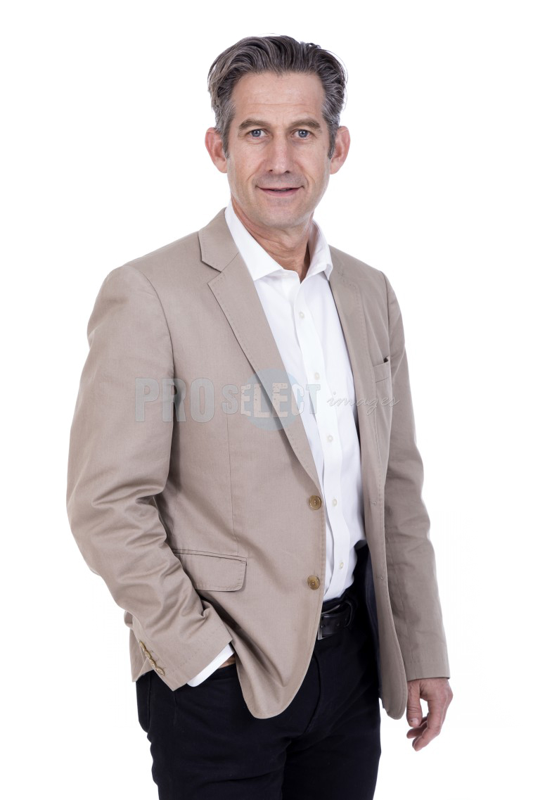 Thumbzup business portrait half body