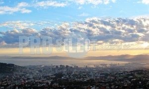 Clouds over Cape Town | ProSelect-images