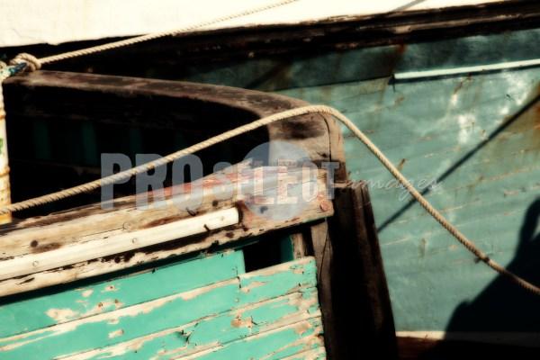 Fishing boat Hout Bay harbor | ProSelect-images