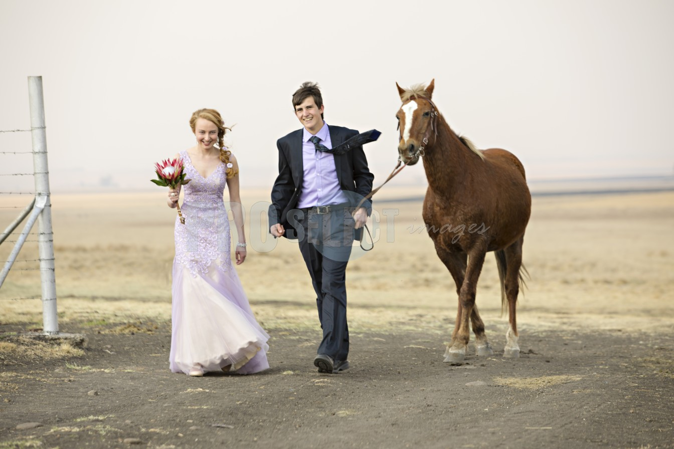 Henco and Alecia with horse | ProSelect-images