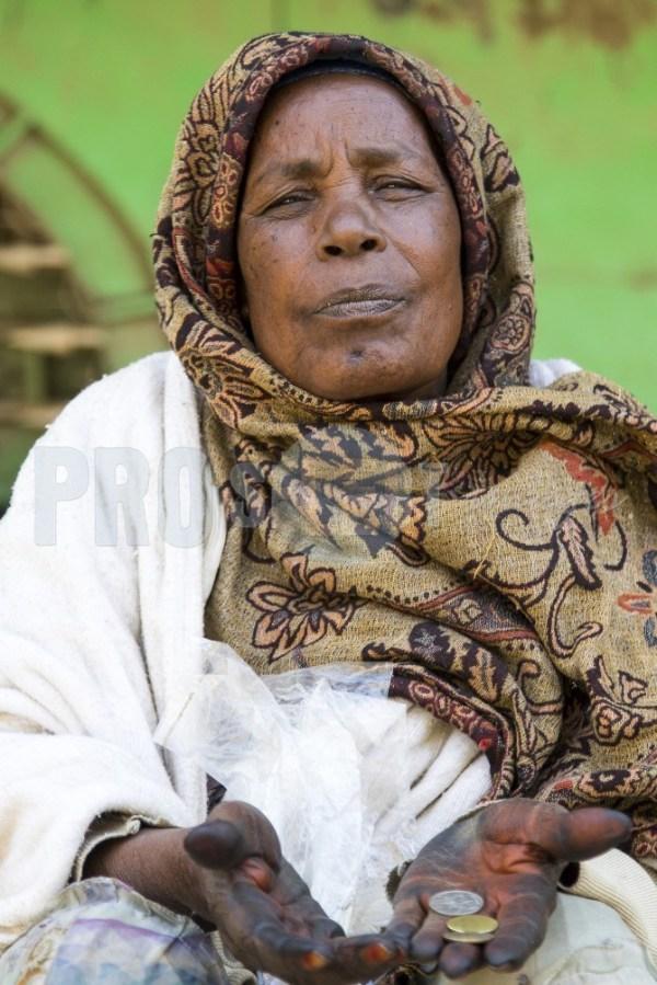 Mekele Ethiopia beggar   ProSelect-images