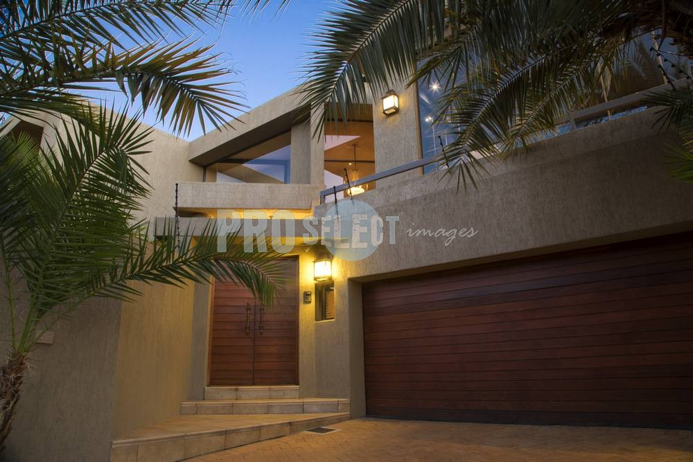 Property front entrance | ProSelect-images