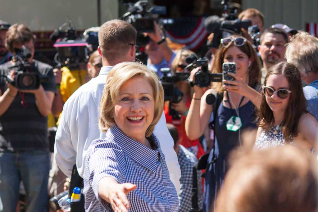 Hillary_Clinton_arrived_at_the_State_Fair_in_August_2015