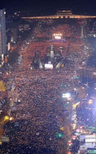 26 Gennaio 2017, 2 milioni di persone in piazza a Seoul