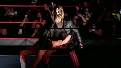 Photo of Bray Wyatt Shows Off Fiend Inspired Coronavirus Mask