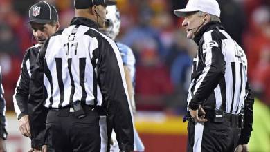 Photo of Watch: NFL Ref Throws Flag Against Tennessee For Holding Before Play Even Happens