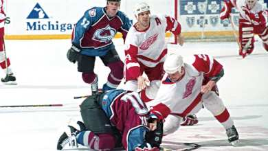 Photo of On This Day 23 Years Ago: Red Wings-Avalanche Players Duked it Out in the 'Brawl in Hockeytown'