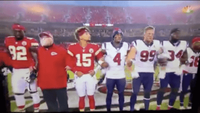 Photo of Loud Boos Erupt at Arrowhead Stadium After National Anthem at NFL Kickoff Game (Video)