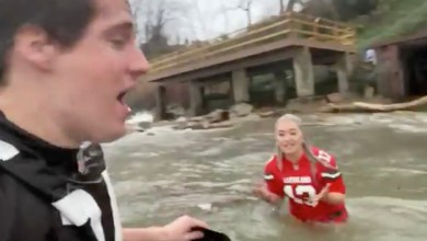 Photo of Browns Fans Are Excited To Be 7-3, Jump In Very Cold Lake Erie | @SirYacht @GabbGoudy