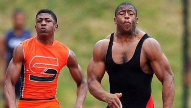 Photo of This Picture Of Nick Chubb Warming Up For Track Is So Insane, You Won't Believe It