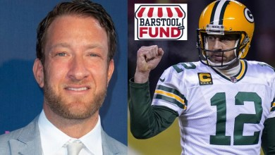 Photo of Aaron Rodgers Announces $500,000 Donation To Barstool Fund To Help Save Small Businesses – Encourages Teammates, Sponsors, Organization, Etc. To Donate As Well  | @aaronrodgers12 @stoolpresidente @TheLizGonzales @BarstoolFund