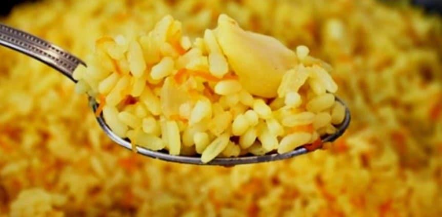 Рис на гарнір не варю в каструлі, а роблю розсипчастий і ароматний. Так швидше і простіше