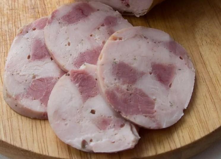Намагаємося ковбасу в магазинах не купувати. Домашня ковбаса, мій простий і улюблений рецепт