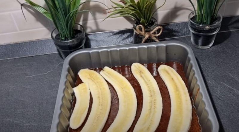 Знаменитий пиріг, який полюбив весь світ: швидкий і легкий рецепт