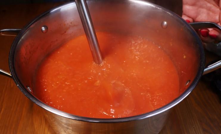 Скільки рецептів кетчупу не пробувала, цей сподобався найбільше