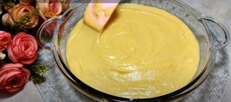 Знайшла смачний рецепт. М'який і ароматний пиріг з сиру і кефіру
