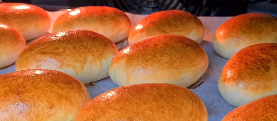 Готую смачні пиріжки в духовці: тиждень м'які, тісто повітряне, ніжне, як пух