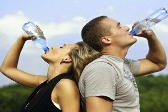 10 причин пить больше воды