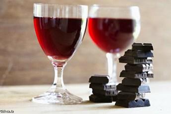 Вино с шоколадом решают проблему, которая касается каждого из нас!
