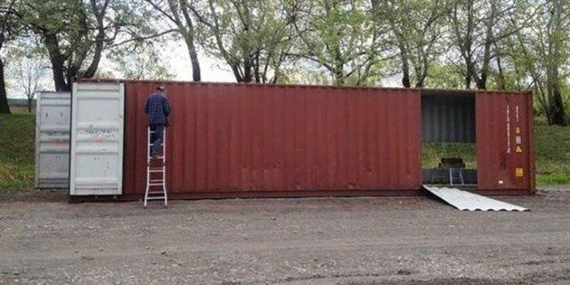 Канадка создала оригинальный и уютный дом из четырех грузовых контейнеров