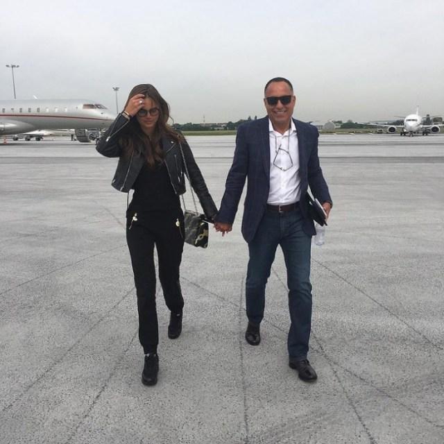 29-летняя модель вышла замуж за 65-летнего миллиардера. Думаете это любовь?