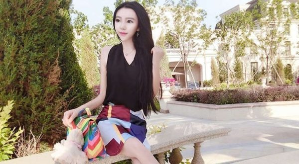 Китаянка весит всего 20 килограмм. Правда или фотошоп?